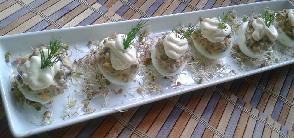 Jajka faszerowane pieczarkami z dodatkiem serka topionego (autor ...