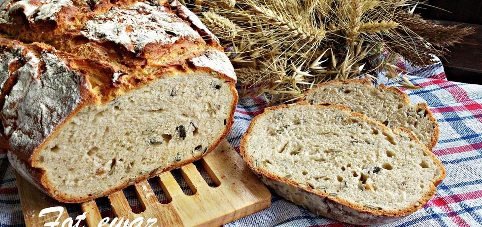 Chleb z pestkami dyni i słonecznikiem (autor: zewa ...