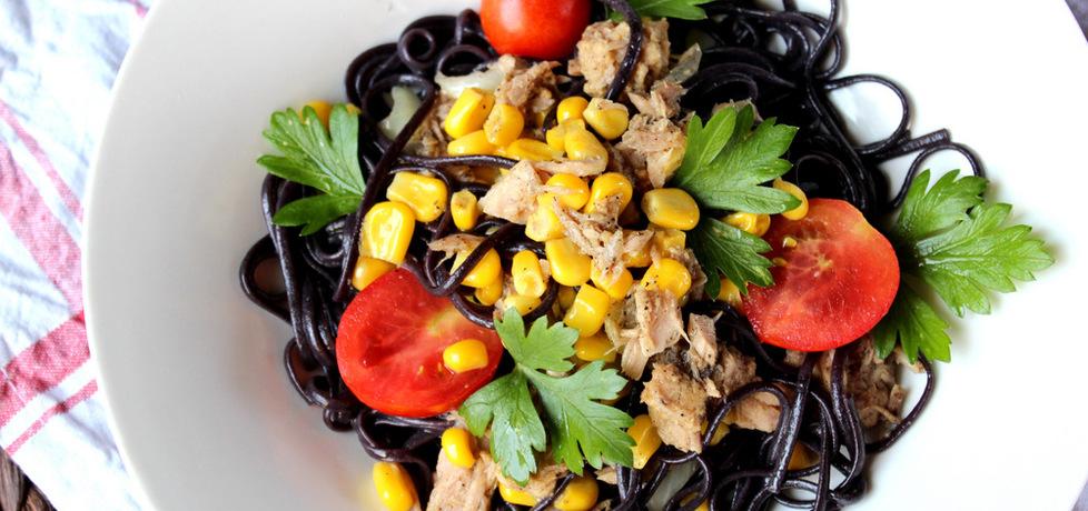 Makaron z tuńczykiem i kukurydzą (autor: ostra-na