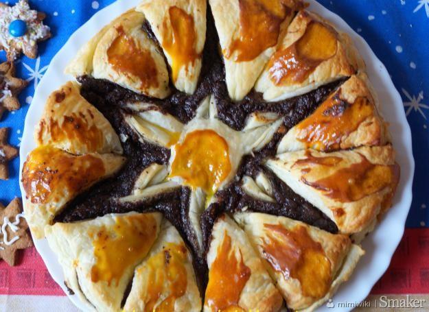 Makowa gwiazda z ciasta francuskiego