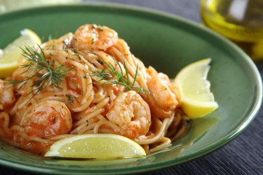 Neapolitańskie spaghetti z krewetkami