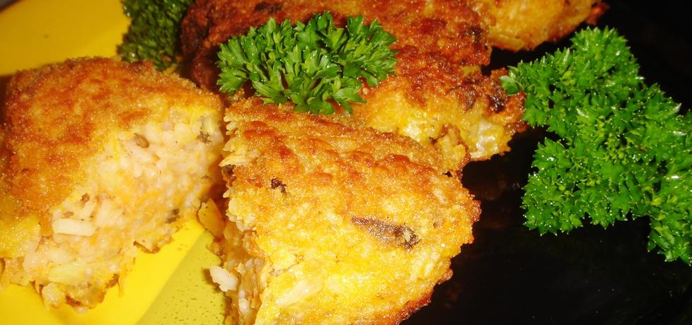 Kotleciki ryżowe z grzybami i marchewką (autor: justi2401 ...