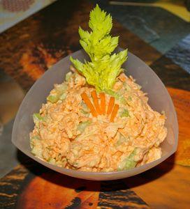 Surówka z marchewki z selerem naciowym