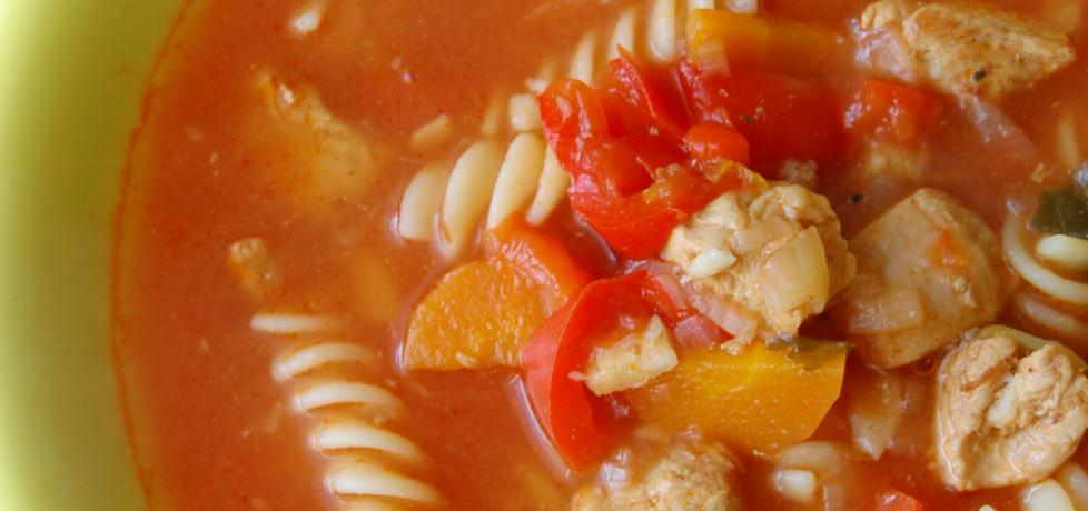 Pikantna zupa gulaszowa z makaronem (autor: aleksandraolcia ...