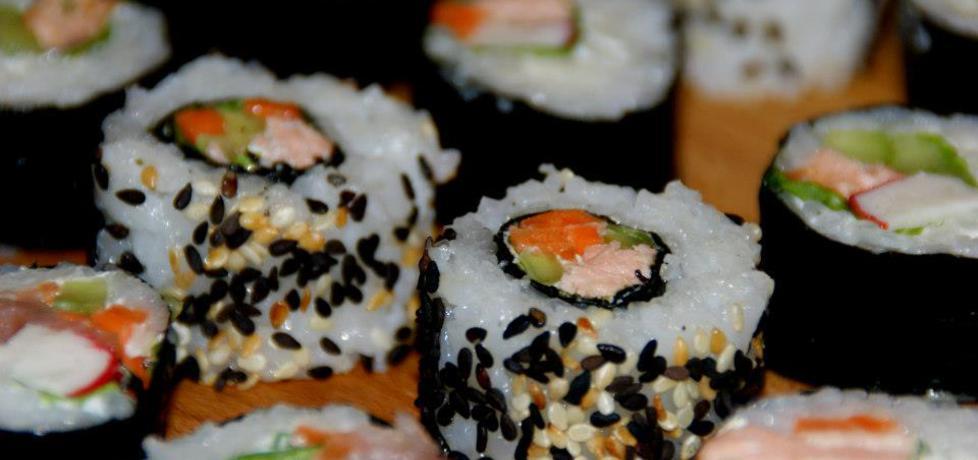Sushi maki i california maki. (autor: kejti)