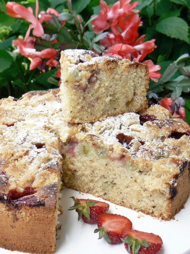 Przepis  ciasto z agrestem i truskawkami przepis