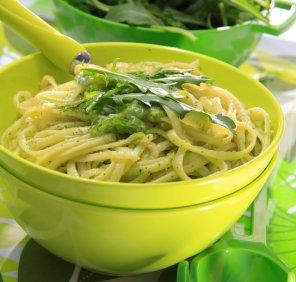 Pesto z rukoli  prosty przepis i składniki