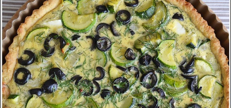 Tarta z cukinią, fetą, oliwkami i koperkiem (autor: katerinaj ...