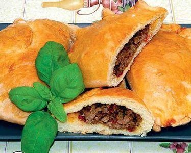 Pieróg turecki z mięsem