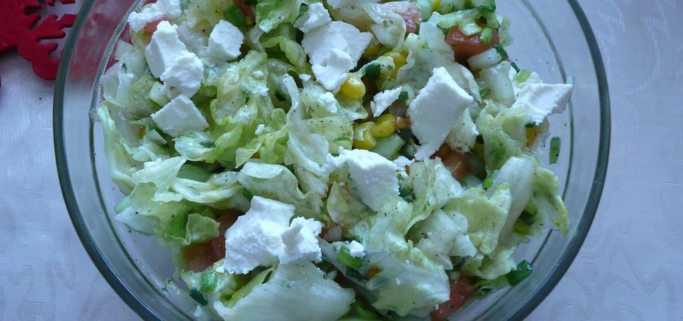 Sałatka do obiadu z fetą (autor: monika62)