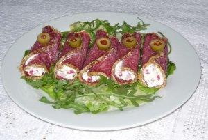 Roladki z salami  prosty przepis i składniki