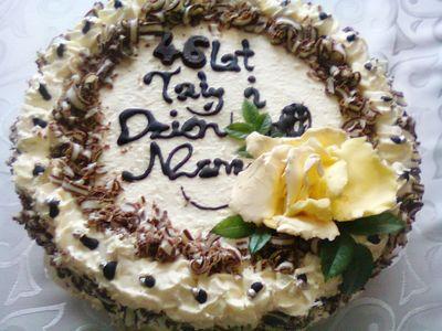 Biały tort królewski :)