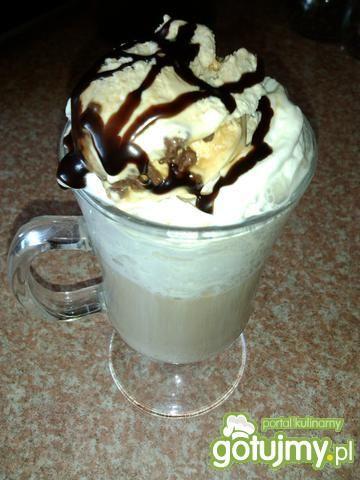Przepis  kawa z lodami i nutą czekolady przepis