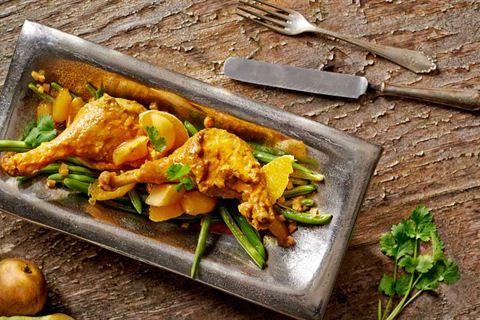 Kaczka w sosie curry z gruszkami i pomarańczą