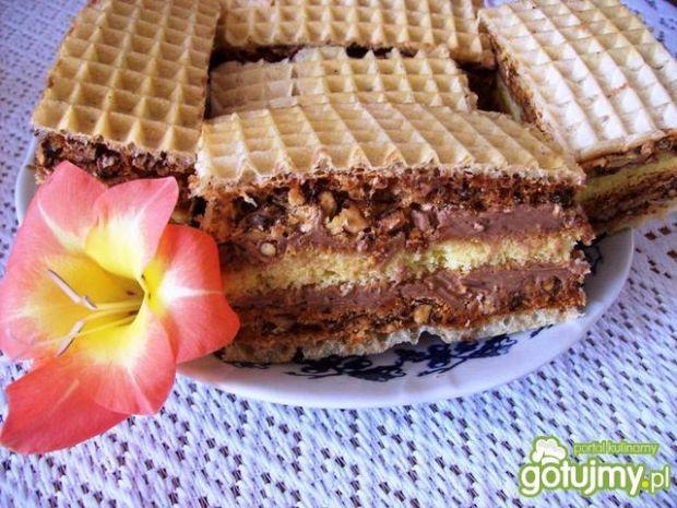 Przepis  ciasto z waflem i orzechami przepis