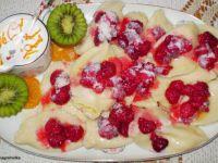 Przepis  pierogi z białym serem i malinami : przepis