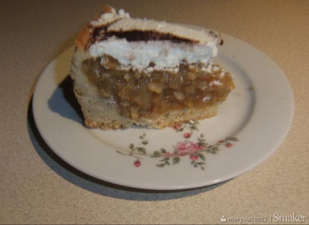 Kruche ciasto z jabłkami i budyniem na soku jabłkowym