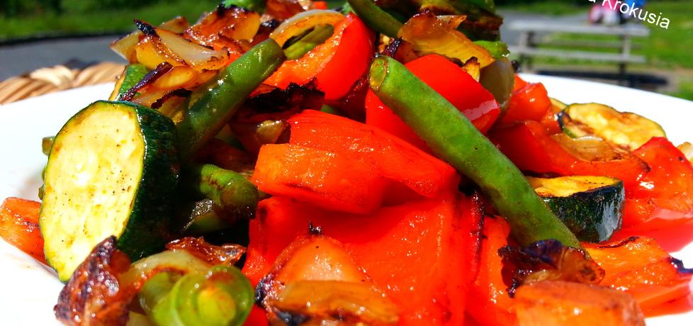Warzywa z grilla w sosie sojowym (autor: krokus)