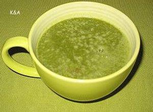 Zielone smoothie z kardamonem