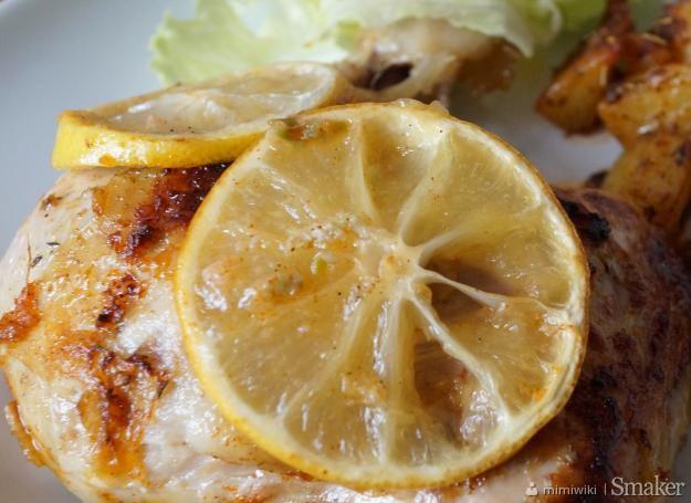 Imbirowo-czosnkowy kurczak z miodem i cytryną