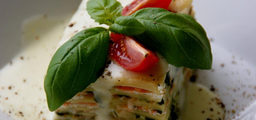 Lasagne z łososiem,szpinakiem i serem ricotta. (autor: kejti ...