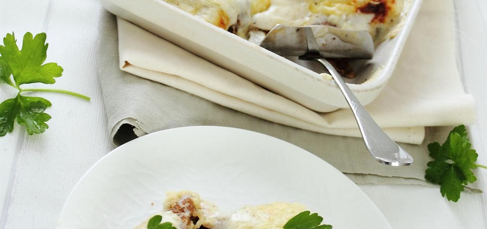 Naleśniki żytnie z farszem zapiekane w sosie serowym (autor: ifa ...