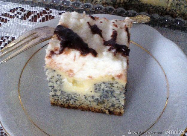 Ciasto makowe wydmy pod kokosową pierzynką