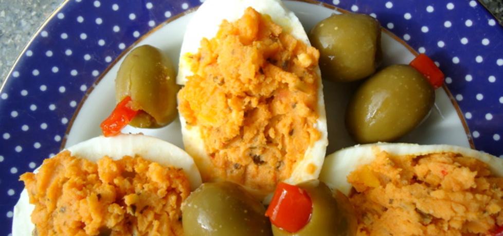 Jajka faszerowane czerwonym pesto (autor: agnieszka189 ...