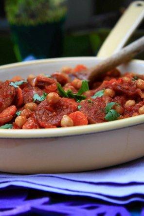 Uniwersalny sos pomidorowy  prosty przepis i składniki