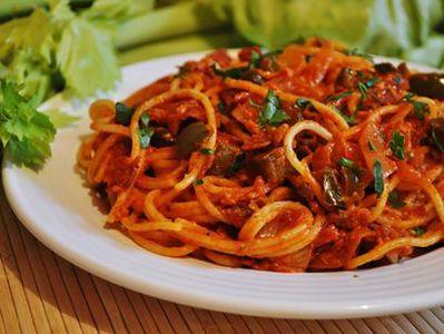 Spaghetti a la dominikana