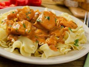 Łatwa potrawka z kurczaka  prosty przepis i składniki