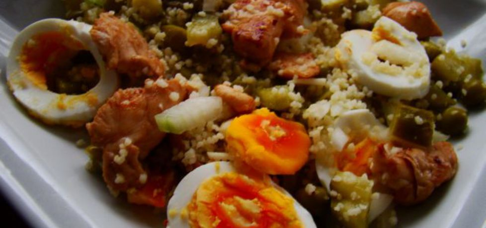 Sałatka z kuskus jajkiem i kurczakiem (autor: iwa643 ...