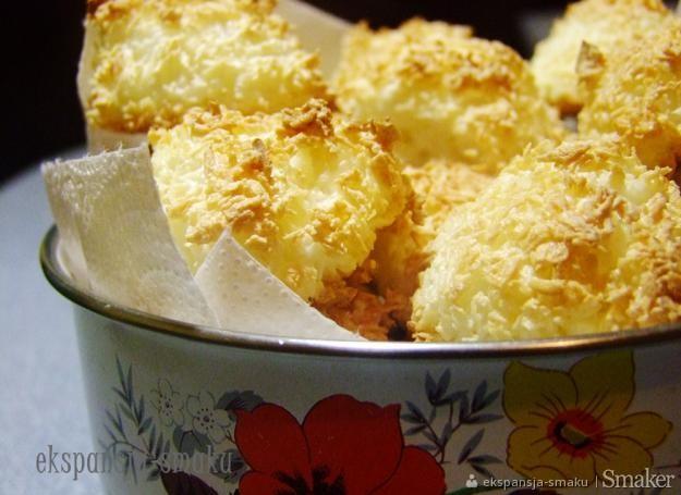 Wilgotne ciastka kokosowe kokosanki