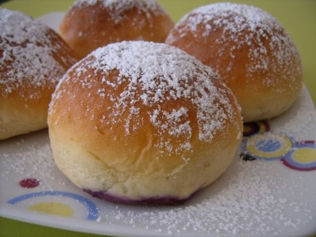 Domowe jagodzianki  kuchnia polska