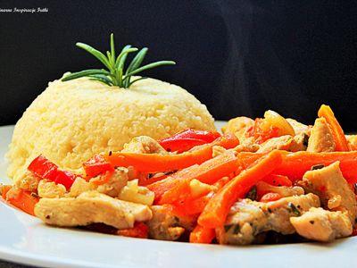 Pikantna potrawka warzywna z kurczakiem