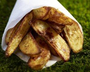 Czosnkowe pieczone łódeczki z ziemniaków