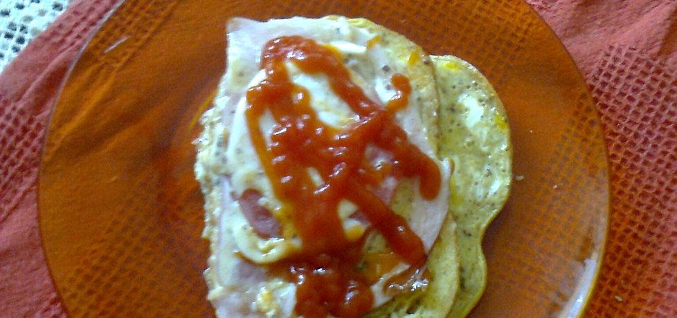 Chleb w jajku z szynką i pomidorem (autor: gerdzik ...