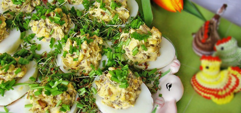 Jaja faszerowane pieczarkami i prażonym słonecznikiem (autor ...