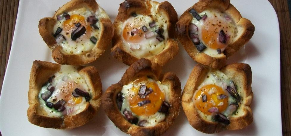 Jajka zapiekane w chlebie tostowym (autor: migotka28 ...