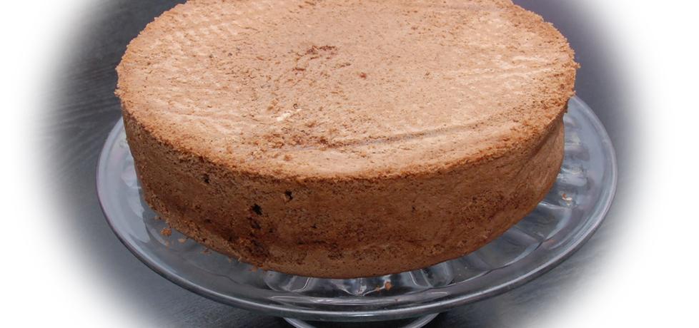 Ciemny biszkopt na tort bez proszku do pieczenia (autor: fotoviderek ...