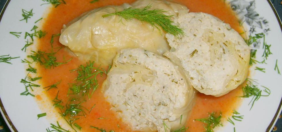 Gołąbki bardziej ryżowe w młodej kapuście... (autor: w-mojej