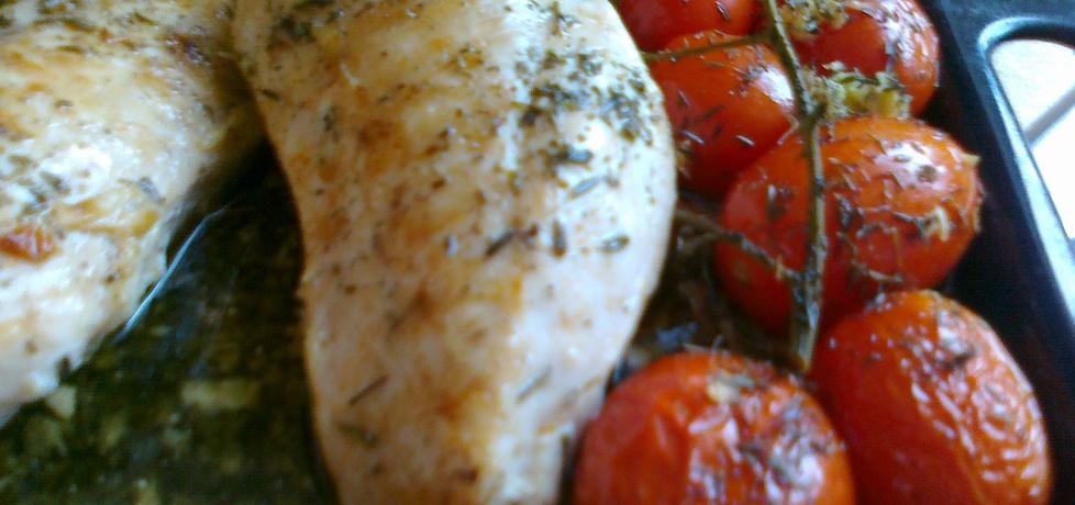 Pierś z kurczaka nadziewana suszonymi pomidorami i fetą (autor ...