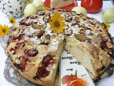 Ciasto ze śliwkami i jabłkami na oleju