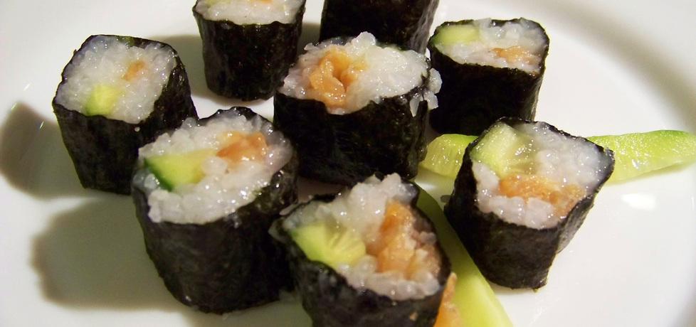 Sushi z łososiem i ogórkiem (autor: renia1)
