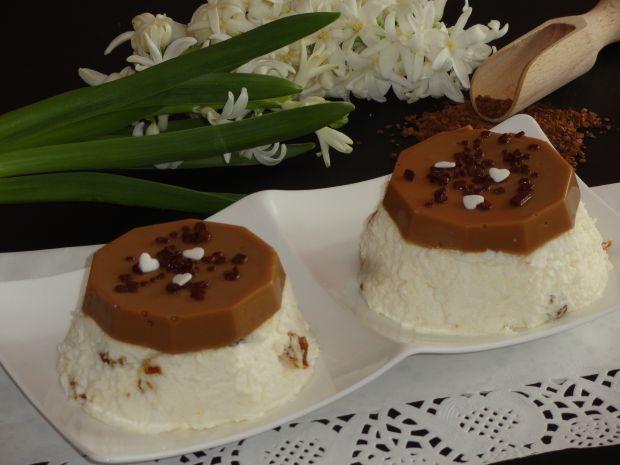 Przepis  deser z miechunka i galaretką kawową przepis