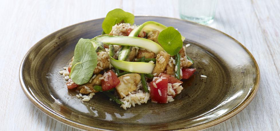 Zielona fasolka szparagowa z ryżem i kurczakiem (autor: doradca ...