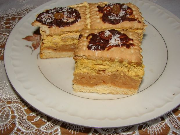 Przepis  ciasto jabłkowe z masą krówkową przepis