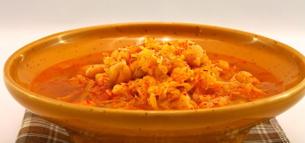 Zupa z ciecierzycy i kapusty włoskiej (autor: emeslive ...