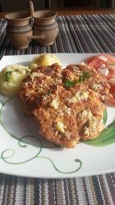 Kotlety z piersią kurczaka i serem żółtym