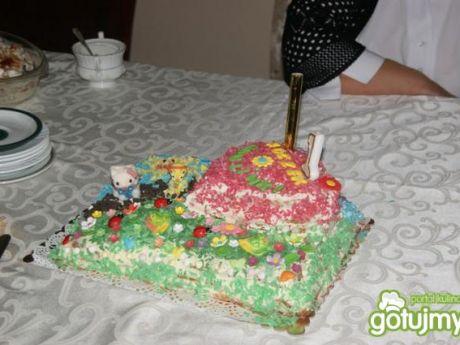 Przepis  tort z bitą śmietaną- na każdą okazję przepis